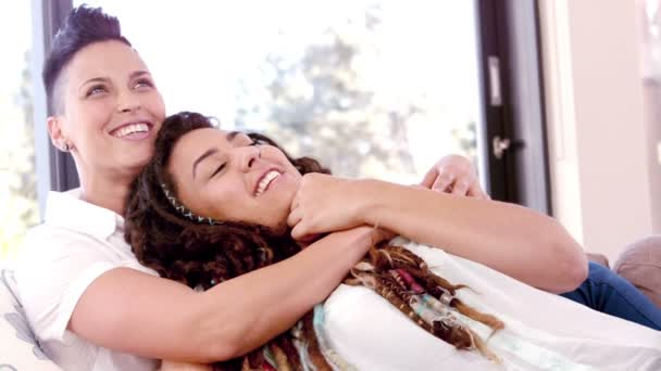 leszbikus videoa szopni pisilés vibrátor