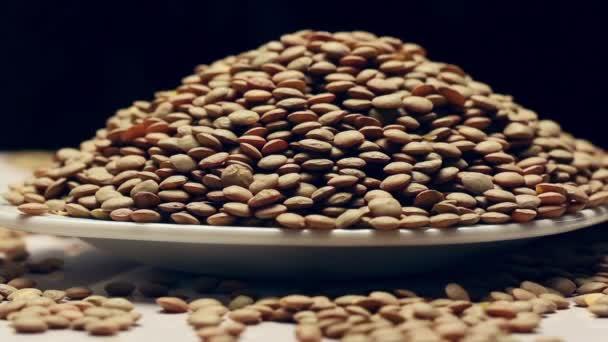 Rotating green lentils