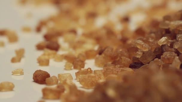 Rotující hnědý cukr