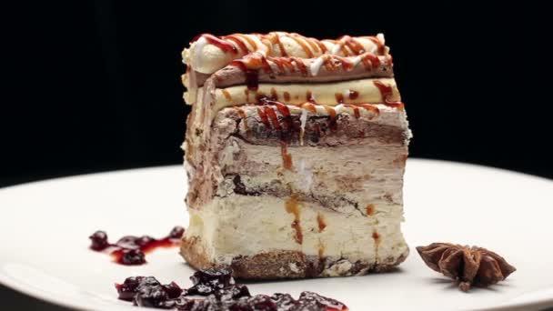 Kuchen Mit Aussergewohnlichen Ornament Und Sussen Sirup Verbundestrich