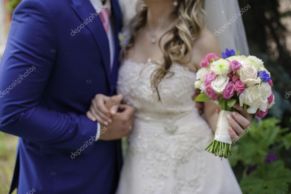 Rosa Blau Und Weiss Hochzeitsstrauss Stockfoto C Les 62092367