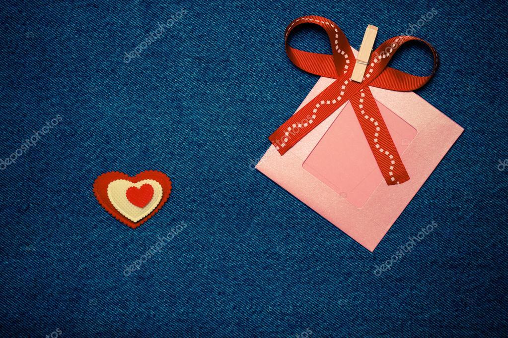 Textil-Herzen, Schleife und Rosa Fotorahmen. Romantische Liebe-Thema ...