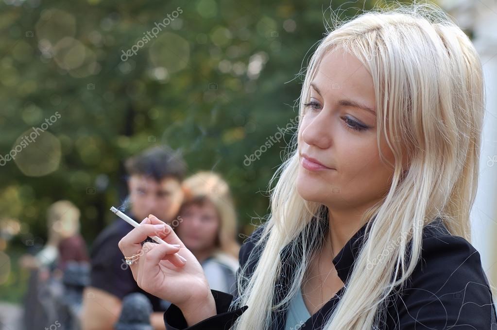 britney kouření