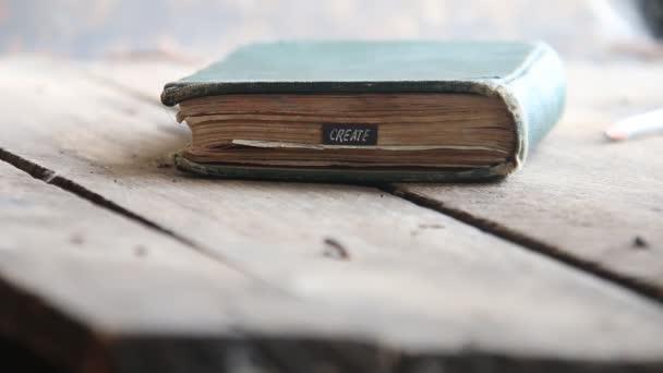 Vytvořit představu - text a kniha
