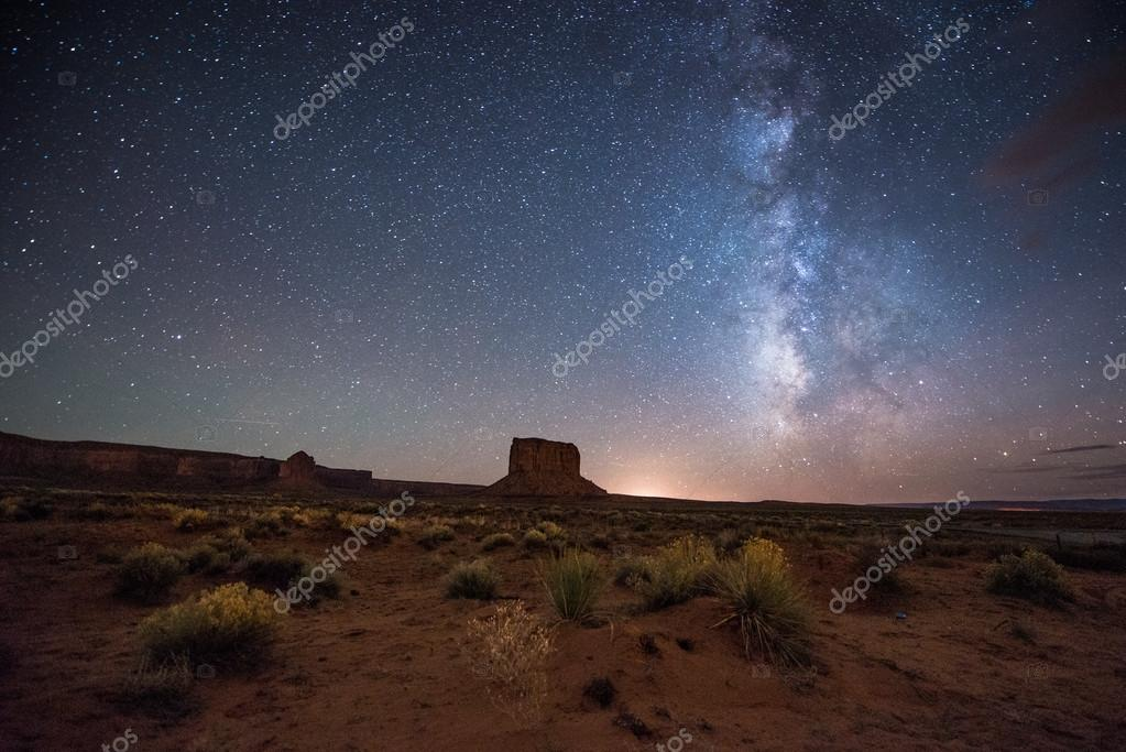 Night at the Monument Valley.