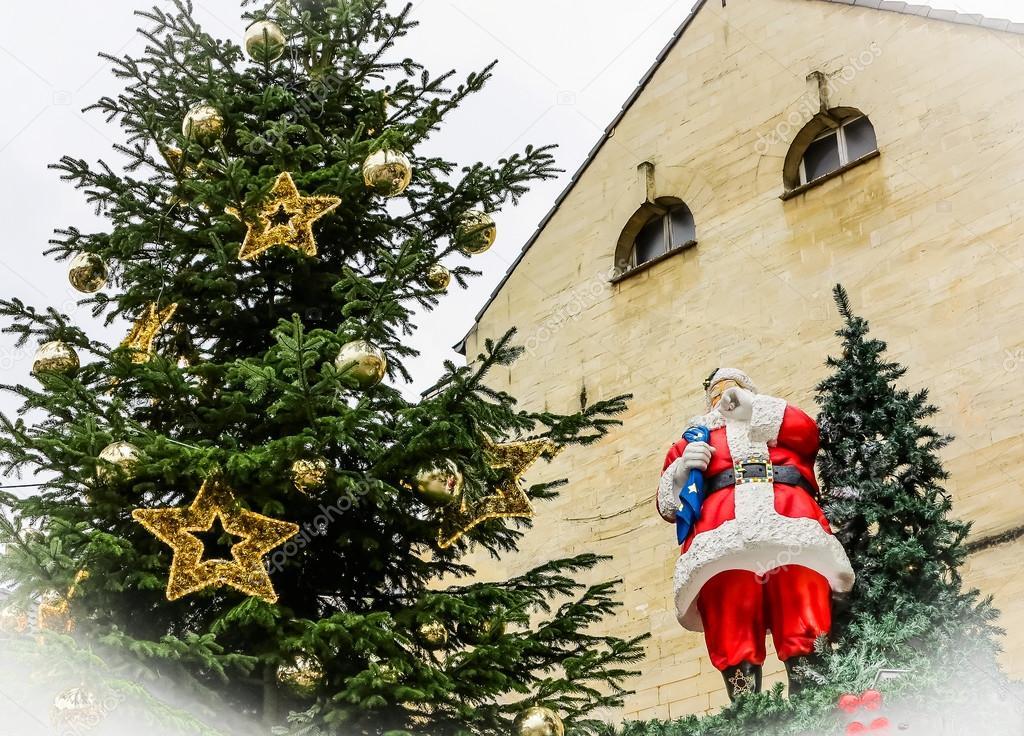 Die Gemeentegrot In Weihnachten Stadt Valkenburg Niederlande