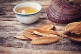 Fotografie Ganoderma lucidum tea - Ling zhi mushroom.