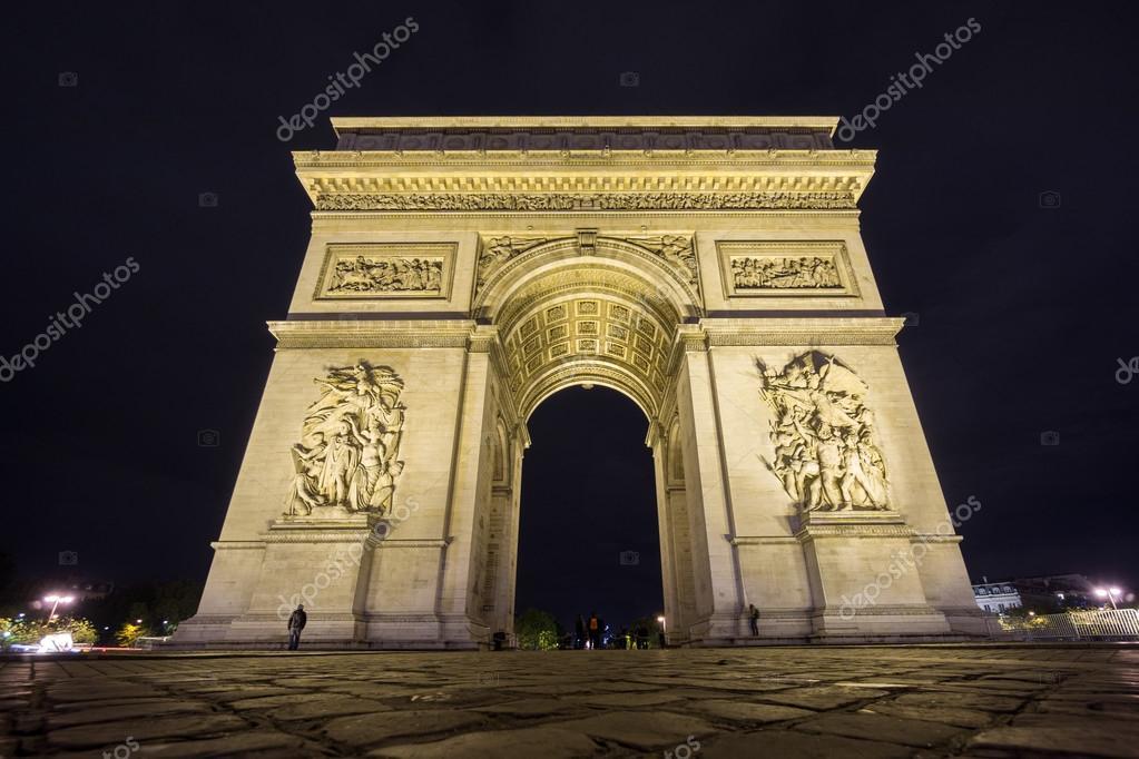 wide arc de triomphe at night stock photo saaaaa 106308854