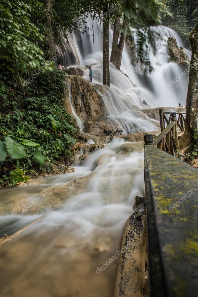 Click Of Kouang Xi Falls