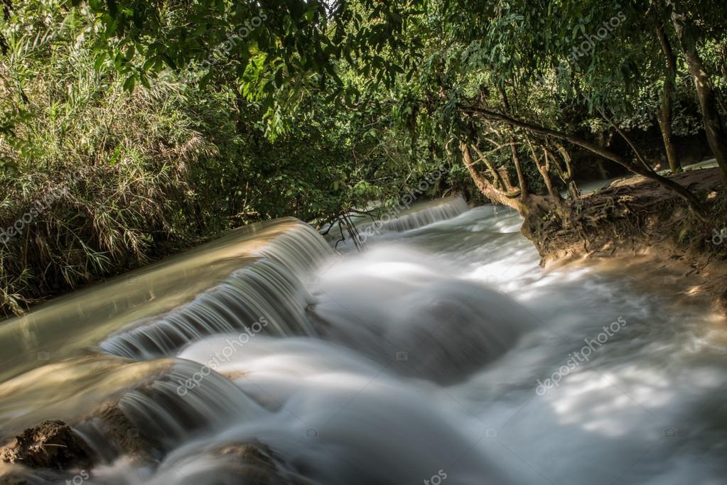 Image of Tat Kuang Si Falls