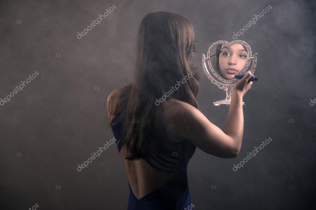 mirror shot girl Teen
