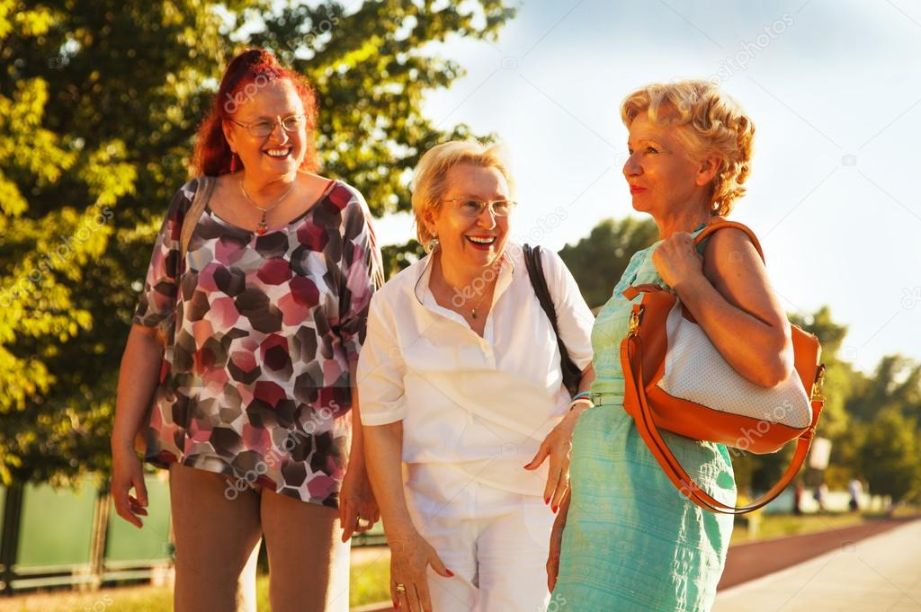 Where To Meet Seniors In America Without Registration
