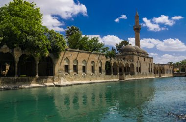 Holy Lake and Halil-ur Rahman Mosque