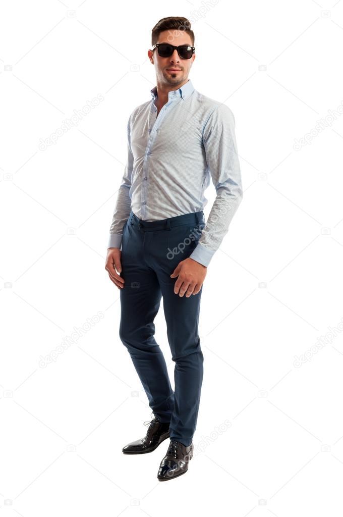 best outlet for sale 2018 shoes Modello maschio indossando abbigliamento business casual ...