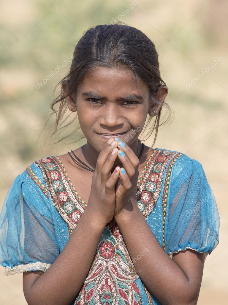 indická dívka kouření