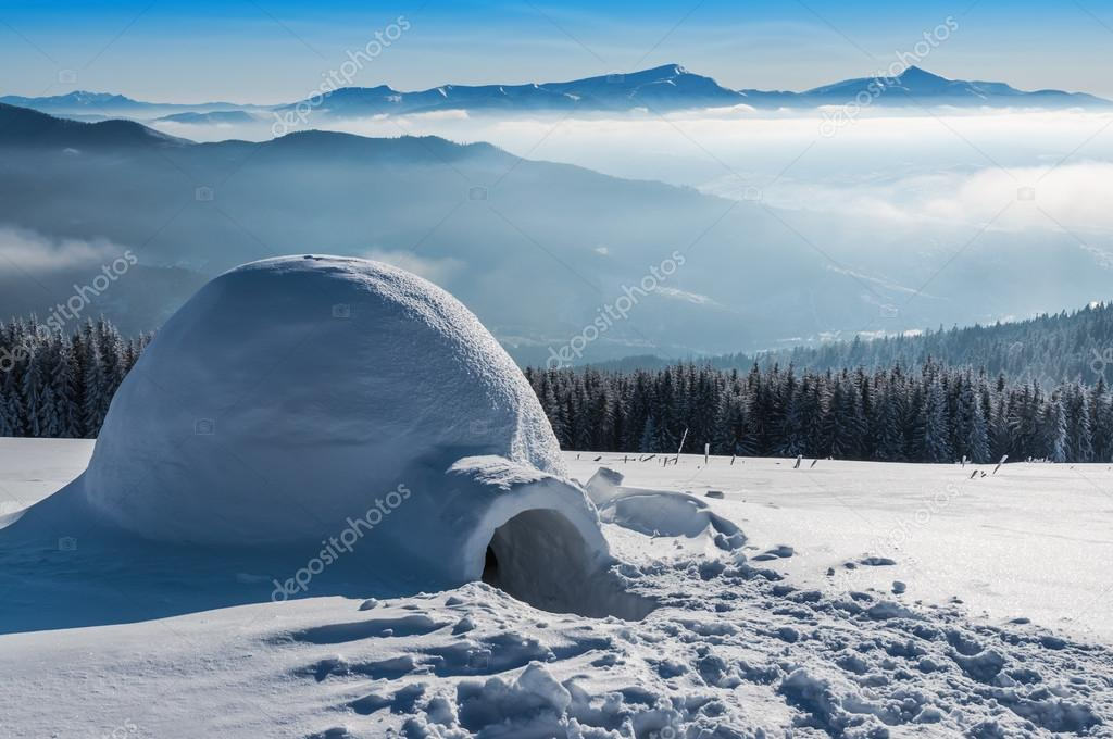 igloo in hight mountains