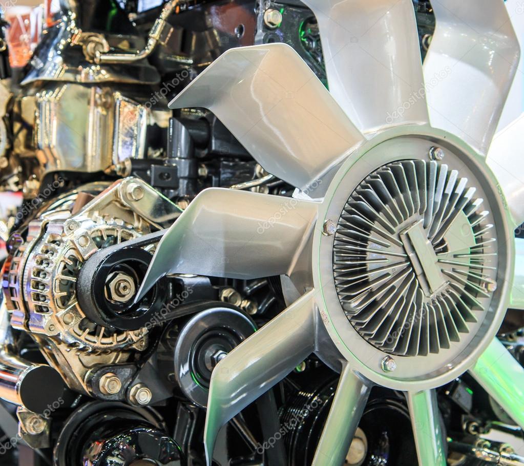 Teile von Auto-Motor — Stockfoto © Deerphoto #55339335