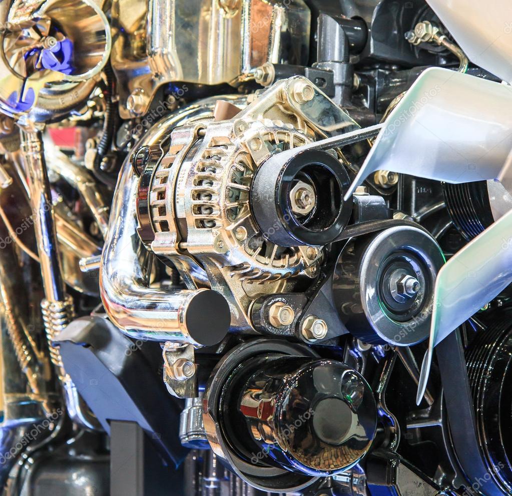 Teile von Auto-Motor — Stockfoto © Deerphoto #55339429
