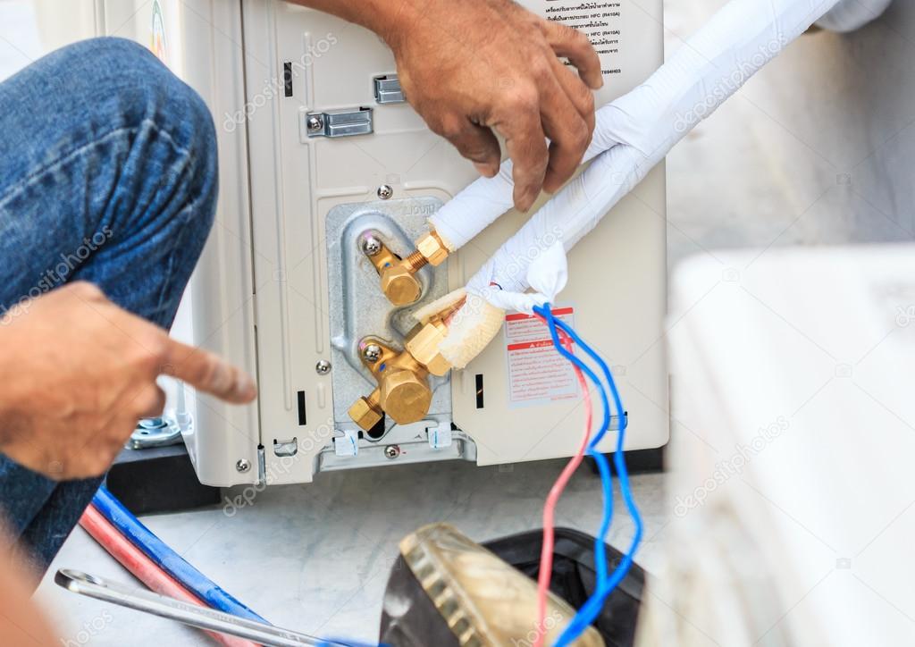 Preparativos para instalar aire acondicionado — Foto de stock ...