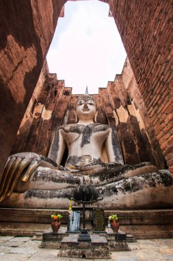 Old Buddha in old town