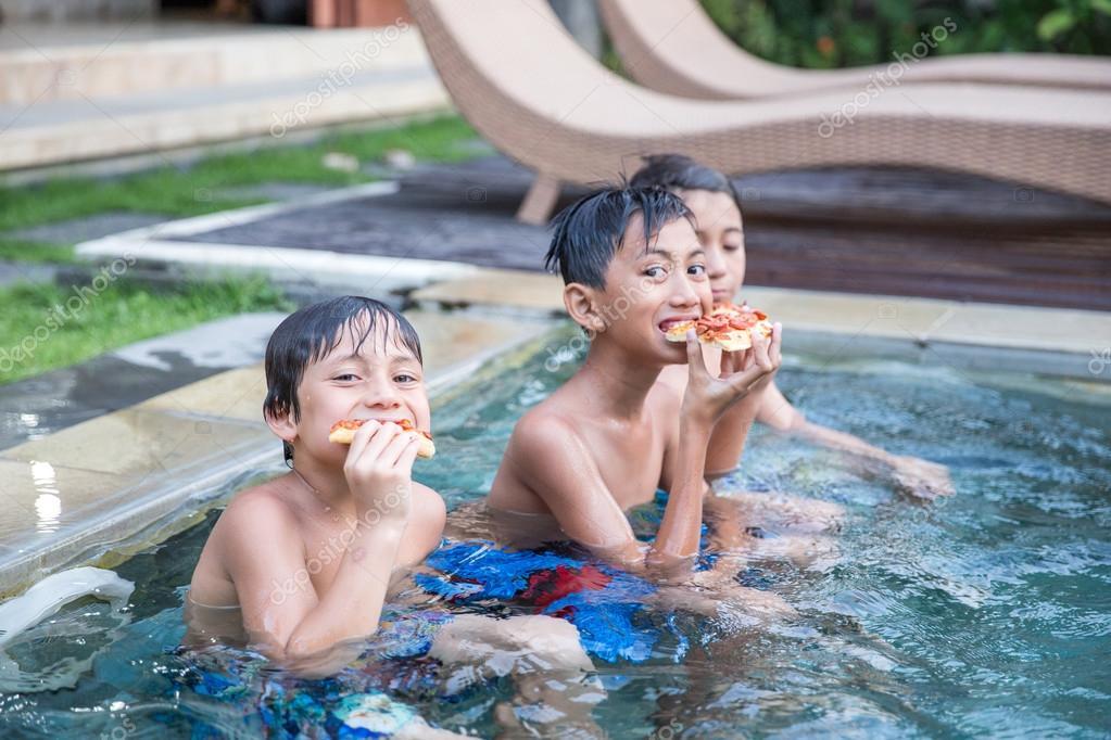 Three boyz at pool