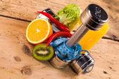 fitness gépek és egészséges ételek