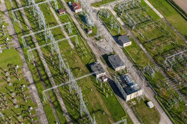 Electrical substation featuring wires