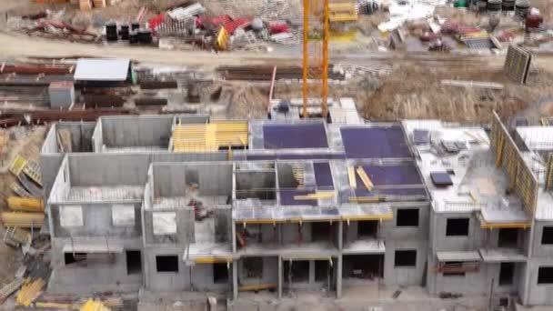 Construction site and crane tilt up