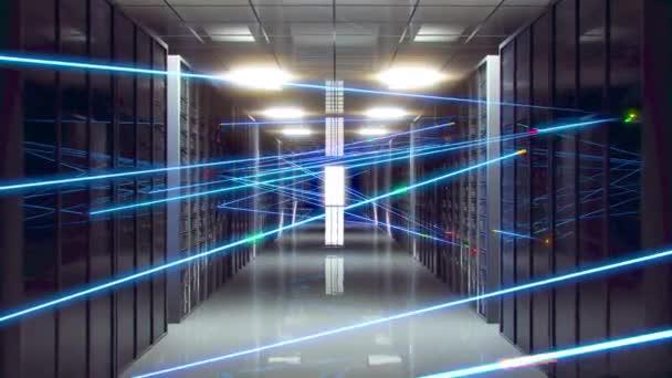 Rechenzentrum. Digitale Informationen werden über Glasfaserkabel über ein Netzwerk übertragen. Raum mit Lagerung, Serverstationen.