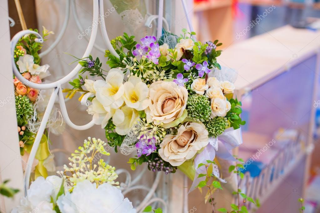 Hochzeitsdekoration Blumen Fur Zeremonie Im Restaurant Stockfoto