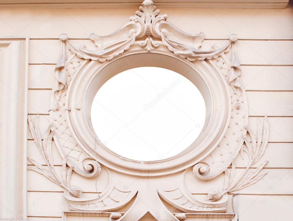 Alte Mauer mit kunstvollen dekorativen Stuck Formteile Rahmen ...