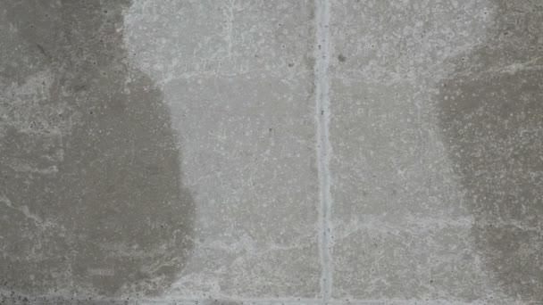Staré zdi textury s padající sníh Vánoční pozadí
