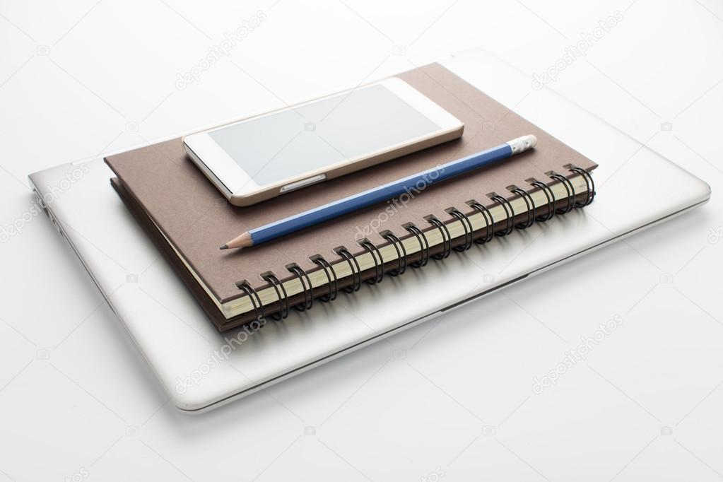 Как с ноутбука скачать книгу на телефон