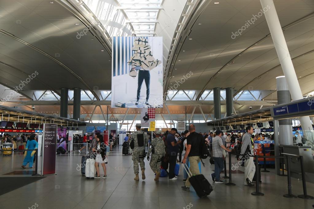 Aeroporto New York Jfk : All interno del delta airline terminal dell aeroporto