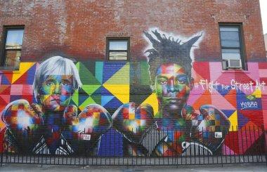 Mural art by Brazilian Mural Artist Eduardo Kobra recruits Pop art legend Andy Warhol and 80s art superstar Jean-Michel Basquiat to Fight For Street Art