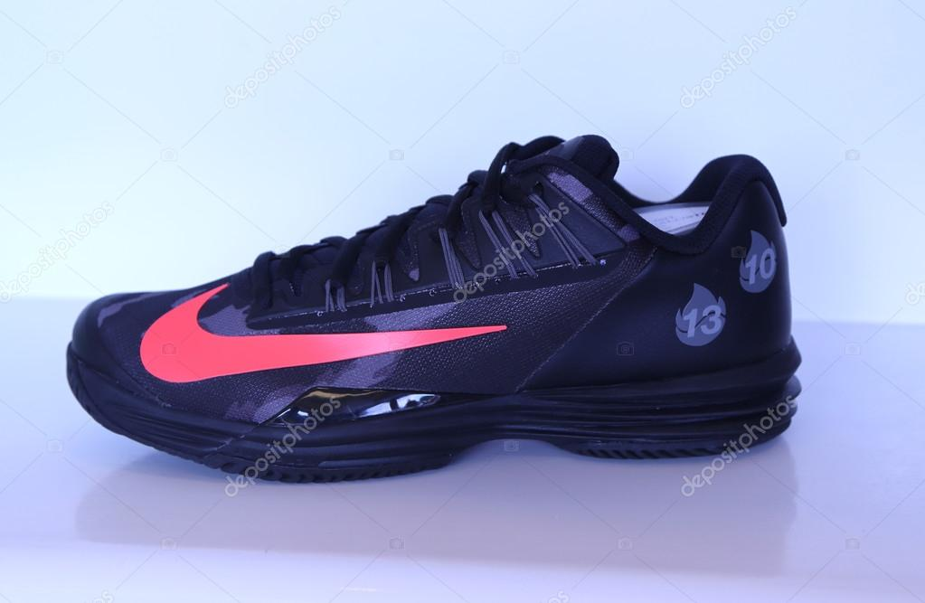 Nike Presented New Tennis Shoes Nikecourt Lunar Ballistec 1 5 Legend With Rafael Nadal Logo During Us Open 2015 Stock Editorial Photo C Zhukovsky 85969214