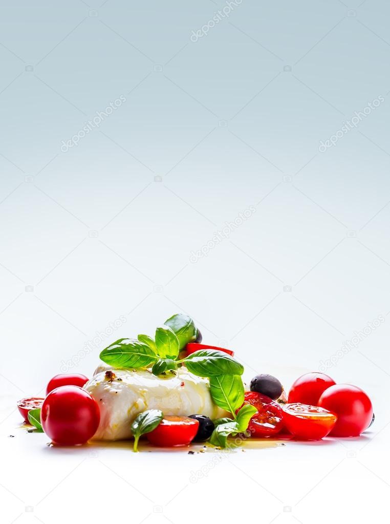 Caprese. Caprese-Salat. Italienischer Salat. Mediterraner Salat ...