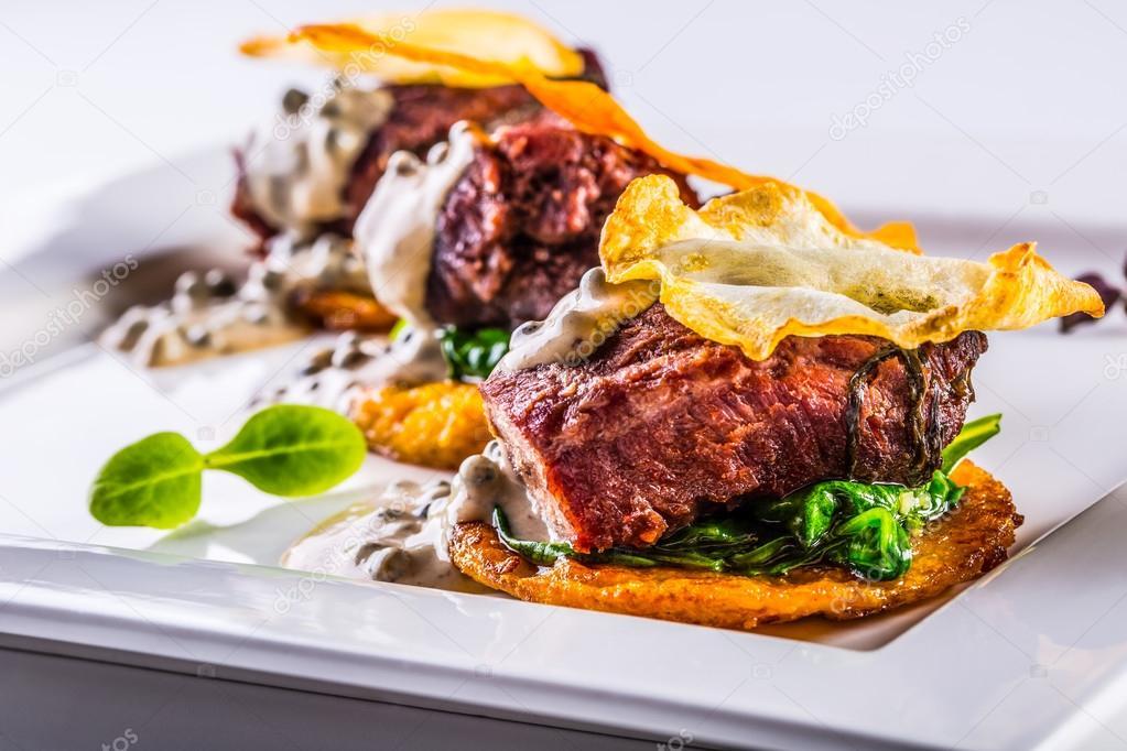 Cocina culinaria. Cocina francesa. Receta: Carrillera de cerdo ...