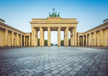 Brandenburg Gate at sunrise, Berlin, Germany