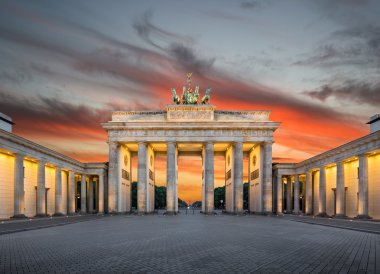 Brandenburg Gate at sunset, Berlin, Germany