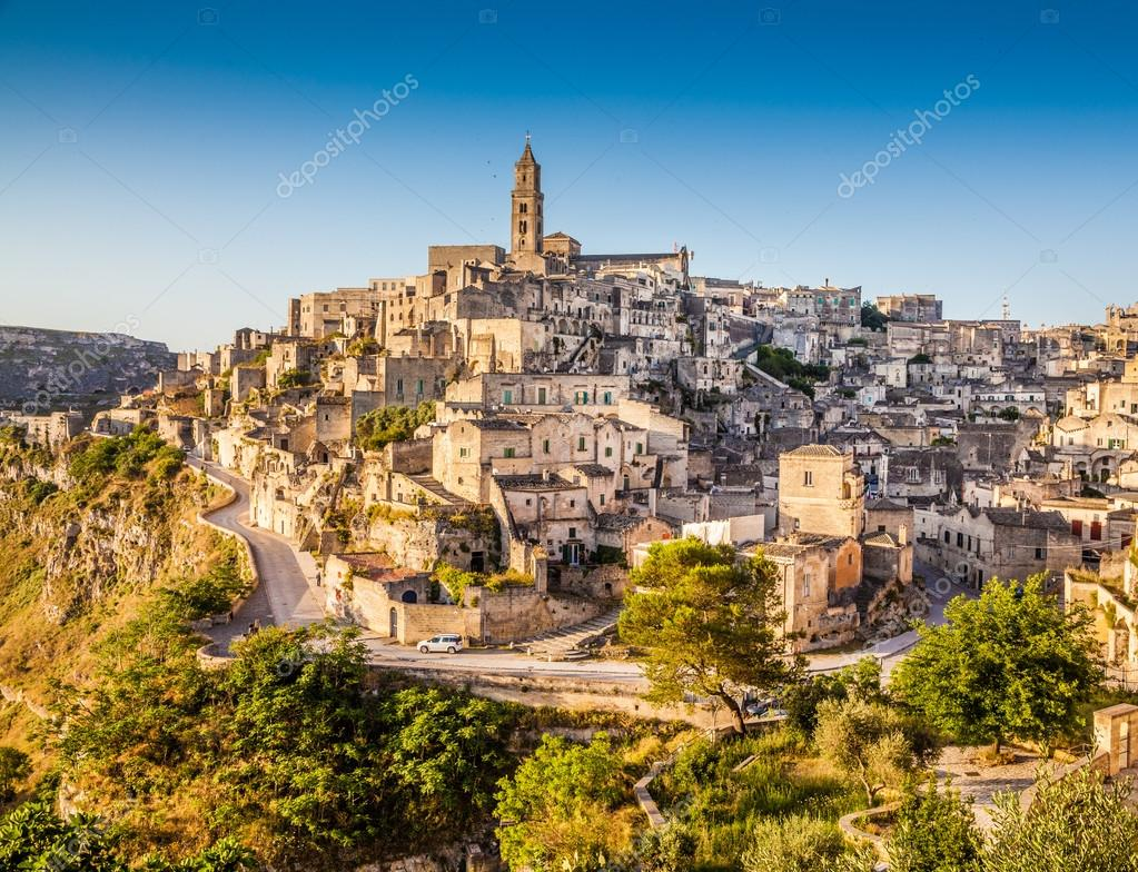 depositphotos_58675117-stock-photo-ancient-town-of-matera-at.jpg