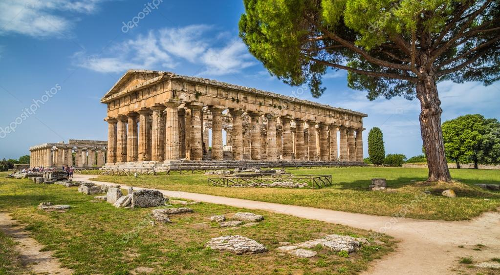 how to get to paestum from salerno