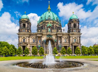 Berlin Cathedral with fountain at Lustgarten park, Germany