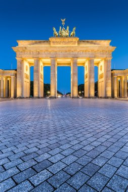 Brandenburger Tor at night, Berlin, Germany