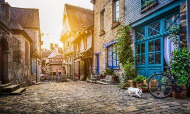 """Картина, постер, плакат, фотообои """"старый город в европе на закате с ретро-винтажным фильтрующим эффектом в стиле instagram """", артикул 91583156"""