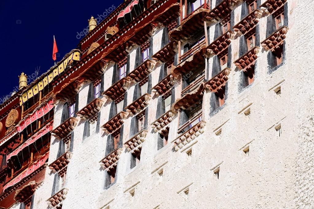 Okno Wiersze W Pałacu Potala Lhasa Tybet 1379 Zdjęcie