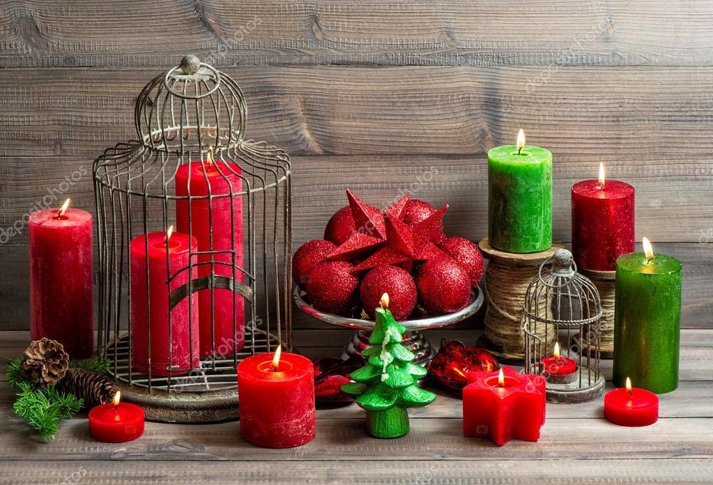Fondo de navidad vintage con quema de velas y adorno rojo - Velas de adorno ...