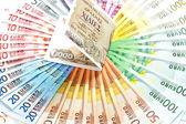 stará Řecká drachma a eura v hotovosti poznámky. finanční krize eura