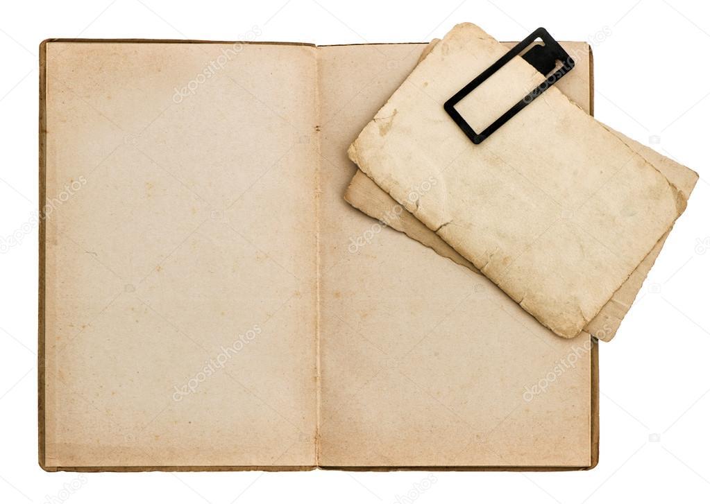 Livre Ancien Ouvert Avec Un Carton Photographie