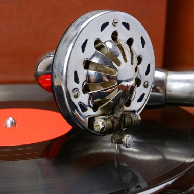old gramophone and vinyl record